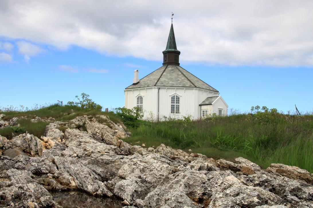 Elke Berberich_Holzkirche in Dverberg
