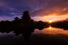 Andre_Fischer_-_Matsumoto_bei_Sonnenaufgang