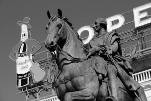 Johannes Wirl, Statue in Madrid