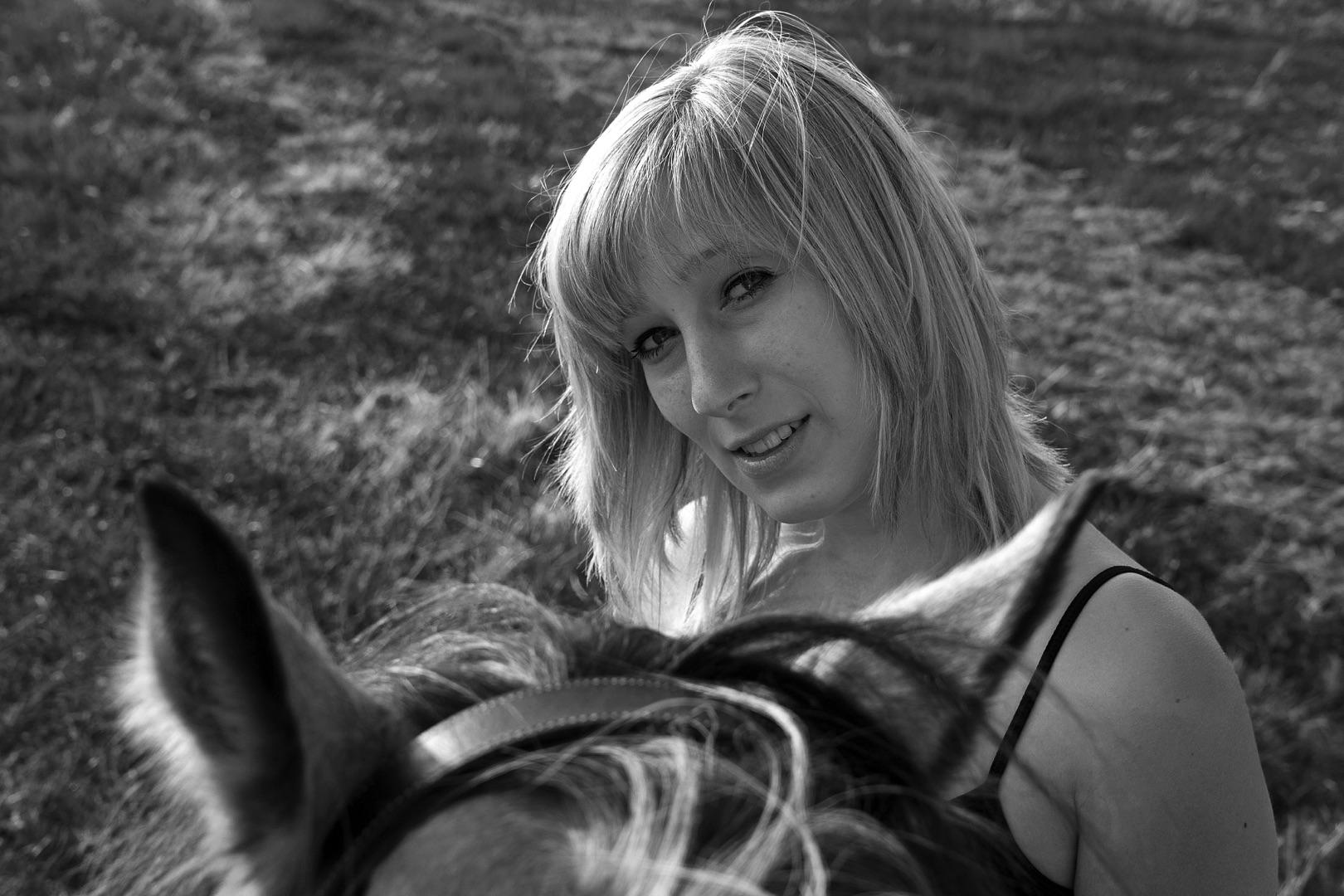 Kathrin Grimm, Tina