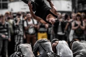 Crowd-Flip